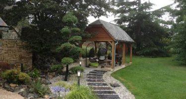Palissade en bois et terrasse après travaux